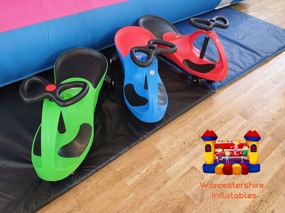 Didi Cars - Worcestershire Inflatables