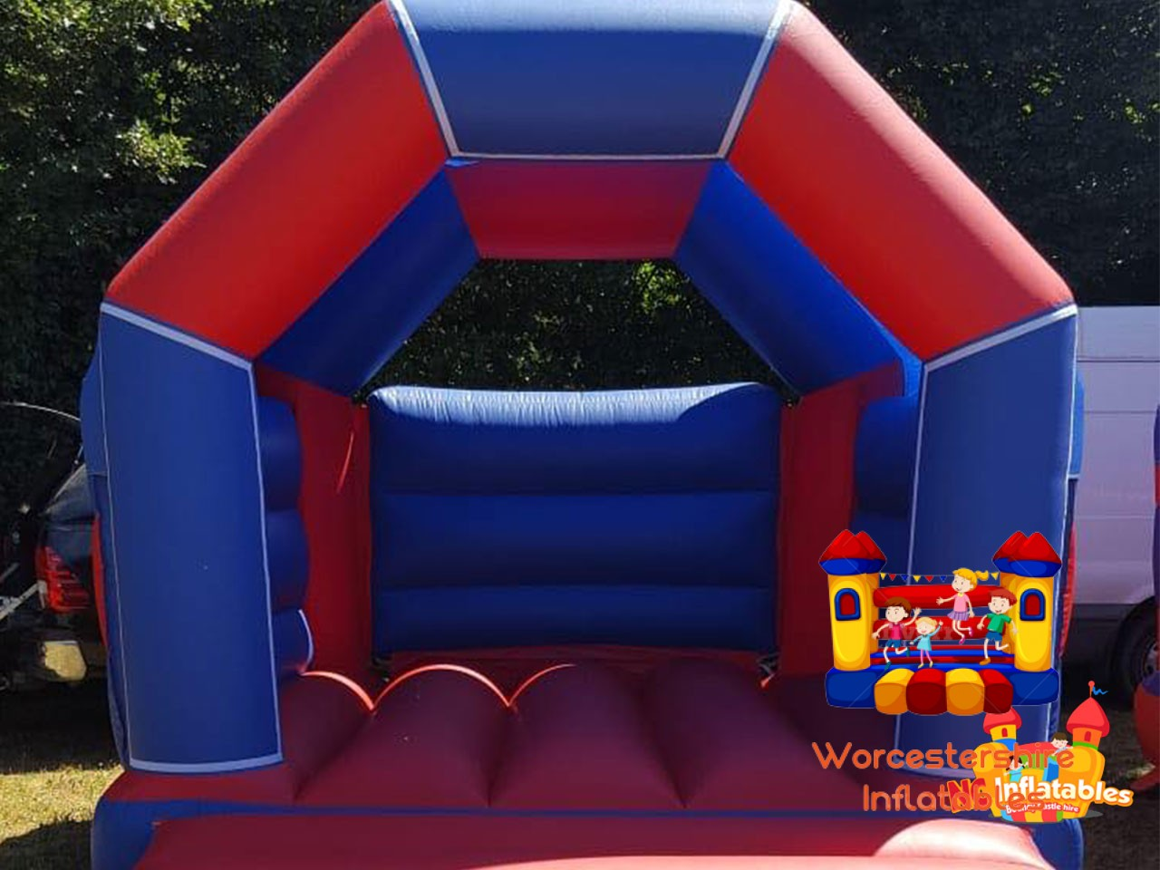 bouncy castle - Worcestershire Inflatables